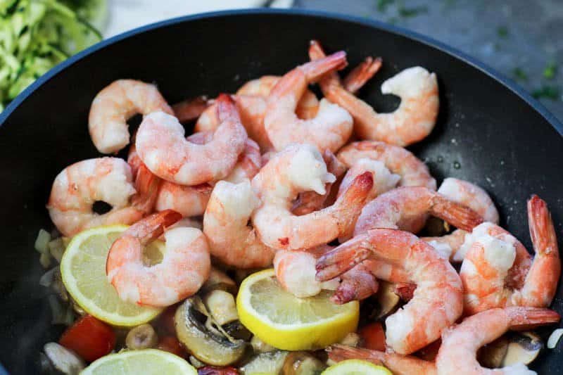 Low Carb Garlic Shrimp with Zoodles