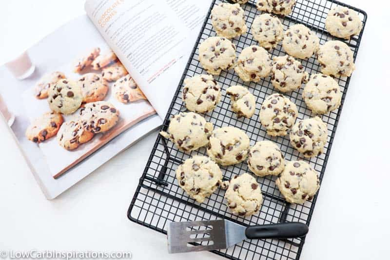 Keto Chocolate Chip Cookies Recipe (sugar free dessert recipe)
