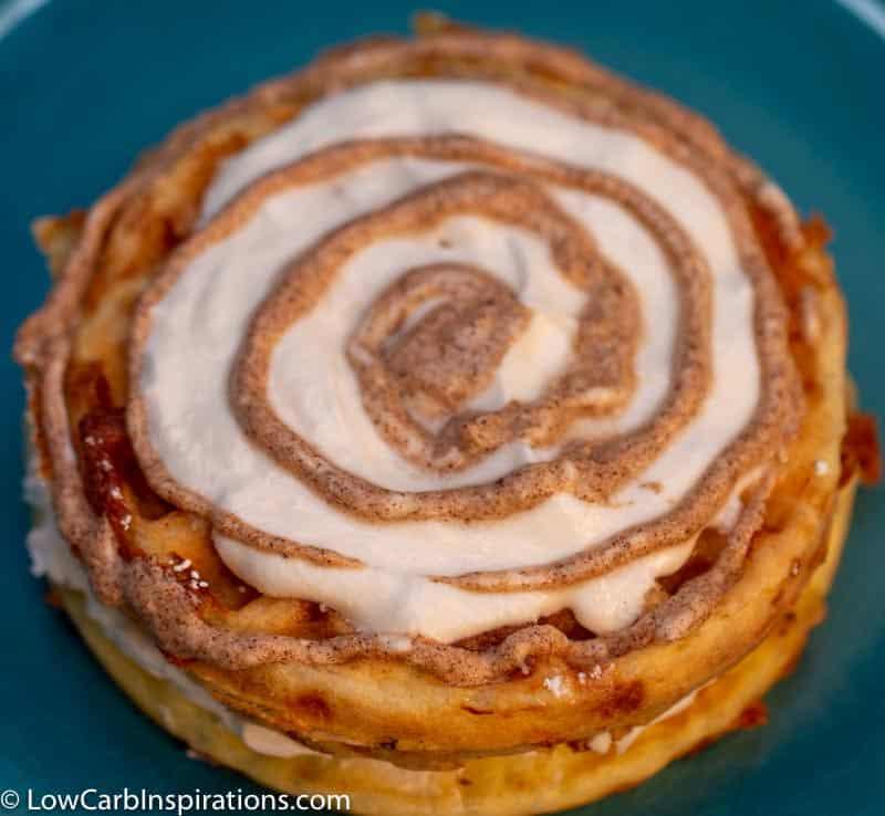 Soft Cinnamon Rolls Chaffle Cake Recipe