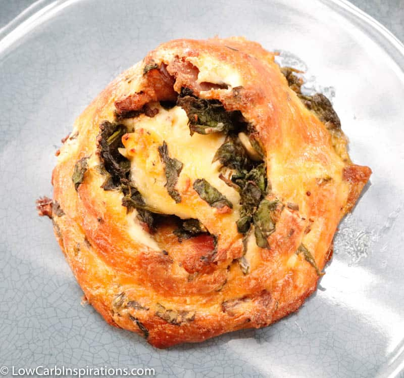 Keto Breakfast Pinwheels with Bacon, Spinach, and Feta