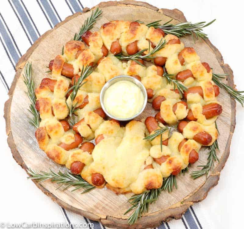 Keto Pigs in a Blanket Wreath Recipe