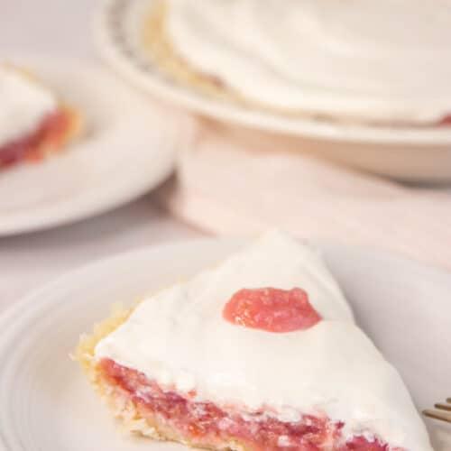 Keto Rhubarb Dream Pie Recipe