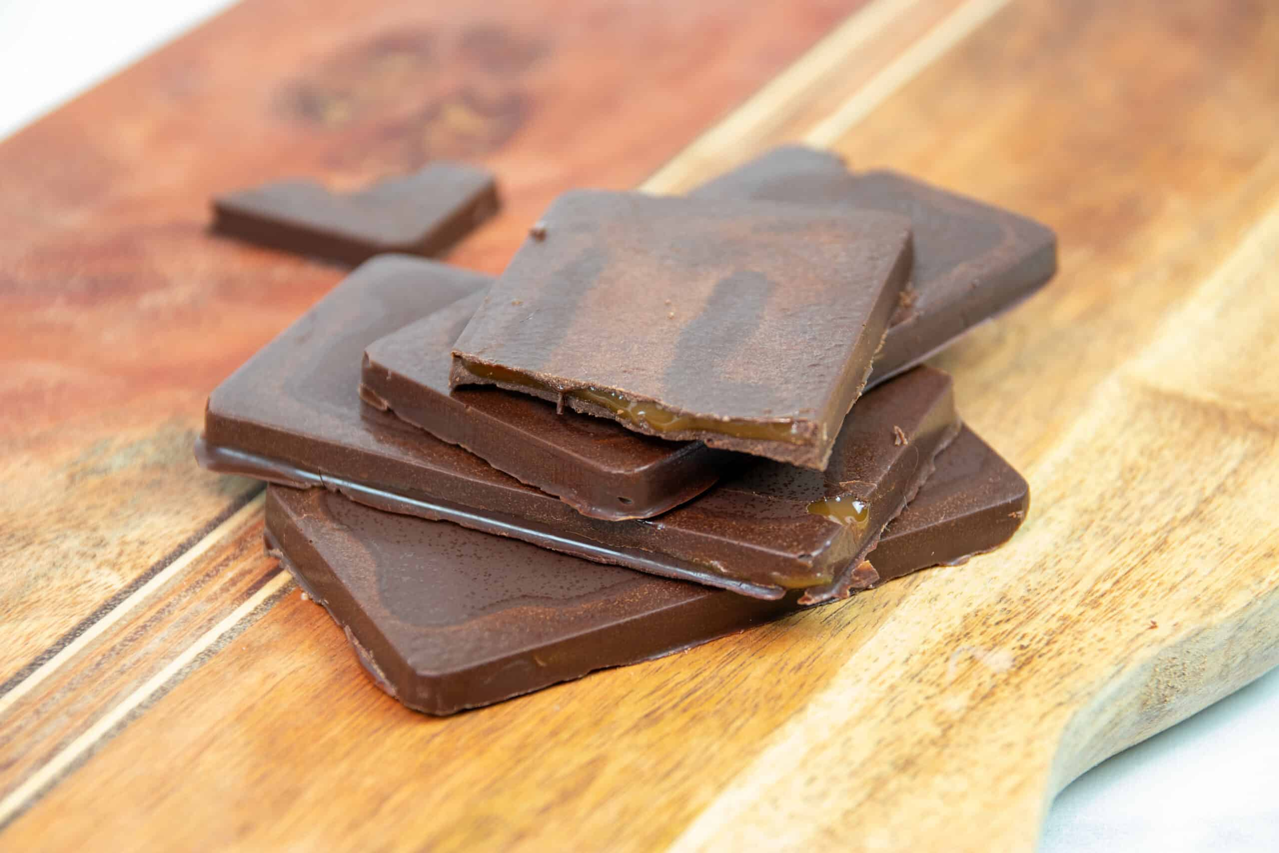 Keto Chocolate Caramel Bars Recipe