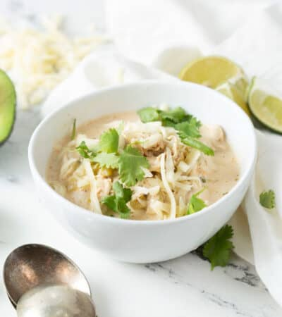Crockpot Keto White Chicken Chili Recipe