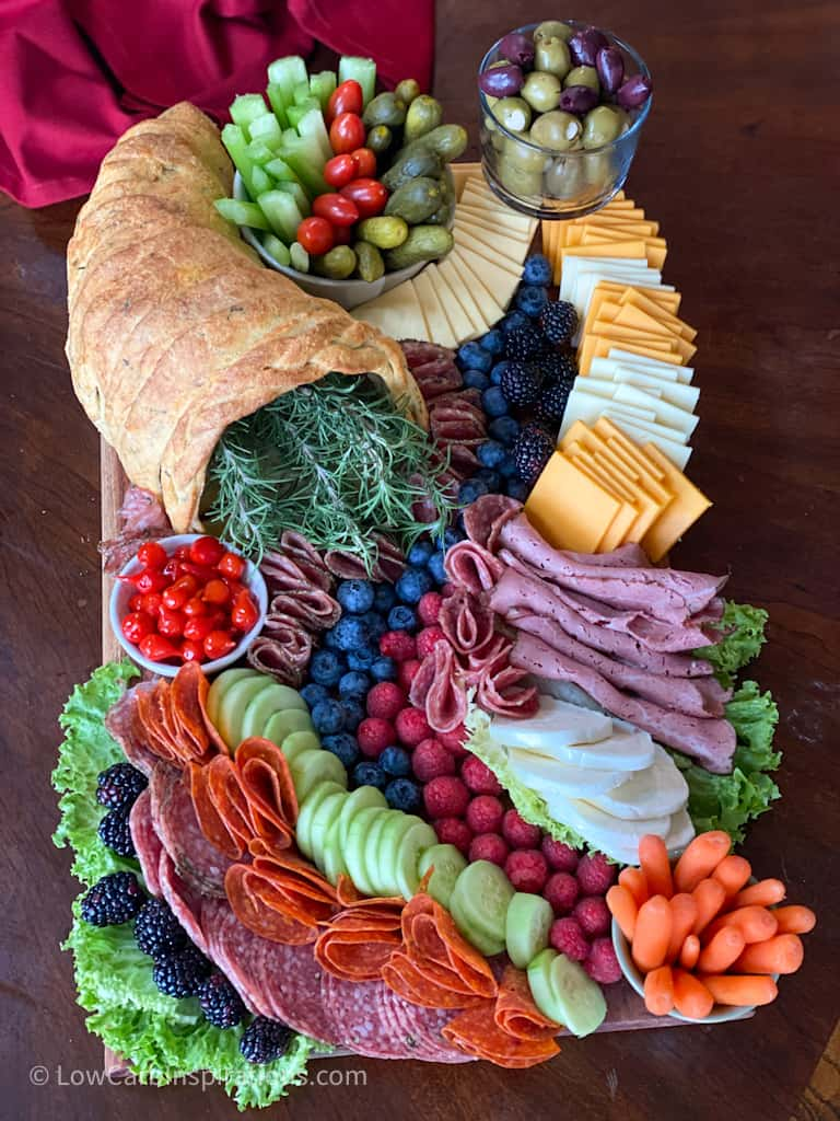How to display a charcuterie board
